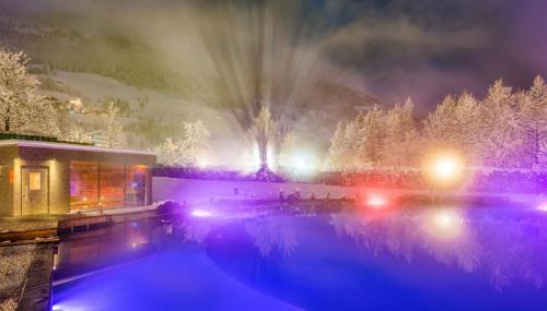 AlpenthermeGastein_KristallSee_mit_Sauna7_klein_Winter_Wolkersdorfer.jpg