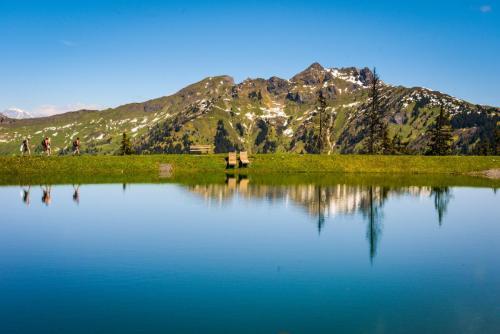 Spiegelsee in Dorfgastein mit Blick auf den Schuhflicker, (c) Gasteinertal Tourismus GmbH